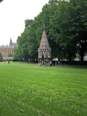 12 Victoria Tower Gardens
